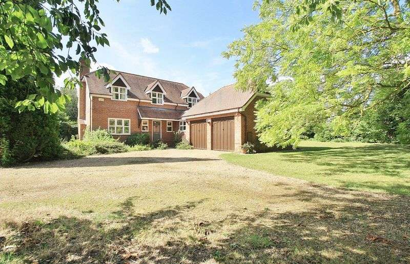 4 Bedrooms Property for sale in Monks Mead, Brightwell-Cum-Sotwell, Brightwell-Cum-Sotwell