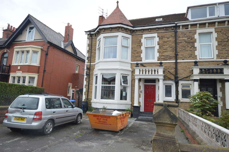 8 Bedrooms End Of Terrace House for sale in Lytham Road, South Shore