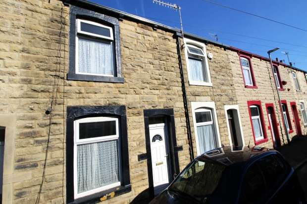 2 Bedrooms Terraced House for sale in Granville Street, Burnley, Lancashire, BB10 1AH