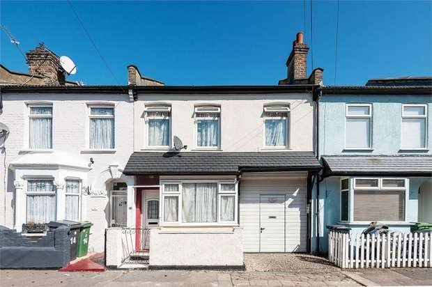 4 Bedrooms Terraced House for sale in Myrtle Road, Walthamstow, London