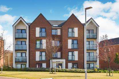 2 Bedrooms Flat for sale in Vespasian Road, Milton Keynes, Bucks
