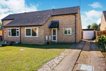 2 Bedrooms Bungalow for sale in Ely, Cambridgeshire