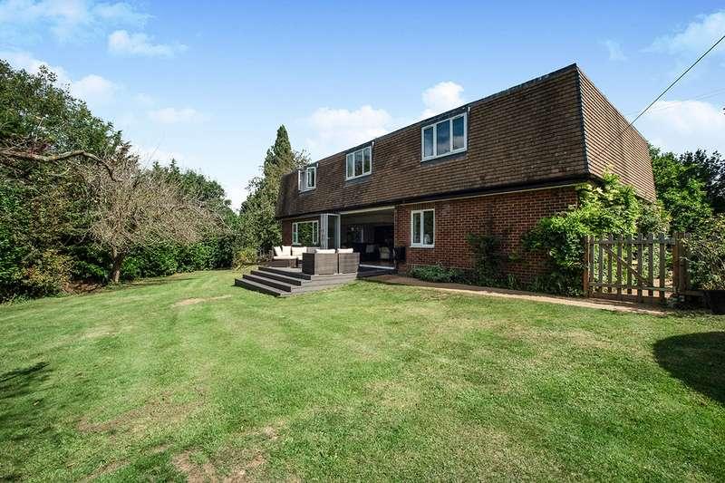5 Bedrooms Detached House for sale in Hottsfield, Hartley, Kent, DA3