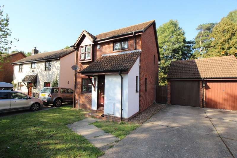 3 Bedrooms Detached House for sale in Whitecroft, Swanley, Kent, BR8