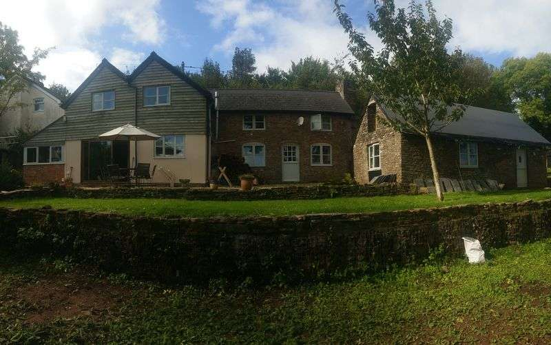 4 Bedrooms Property for sale in Garway Hill, Hereford