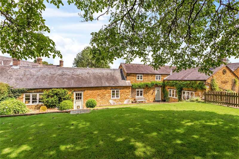 4 Bedrooms Detached House for sale in Stud Farm Close, Wardington, Banbury, Oxfordshire, OX17