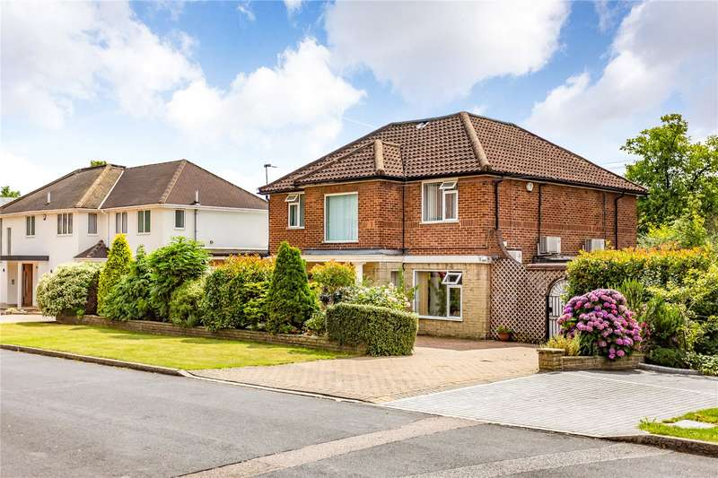 4 Bedrooms Detached House for sale in Glanleam Road, Stanmore, Middlesex, HA7