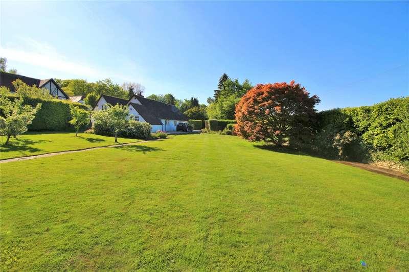 3 Bedrooms Detached Bungalow for sale in Cobden Hill, Radlett, Hertfordshire, WD7