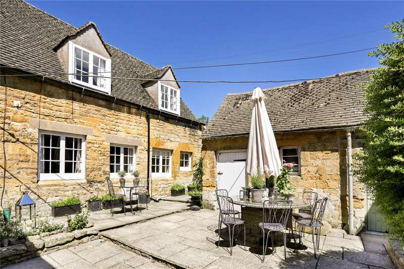 2 Bedrooms Semi Detached House for sale in Bourton on the Hill, Moreton-in-Marsh, GL56