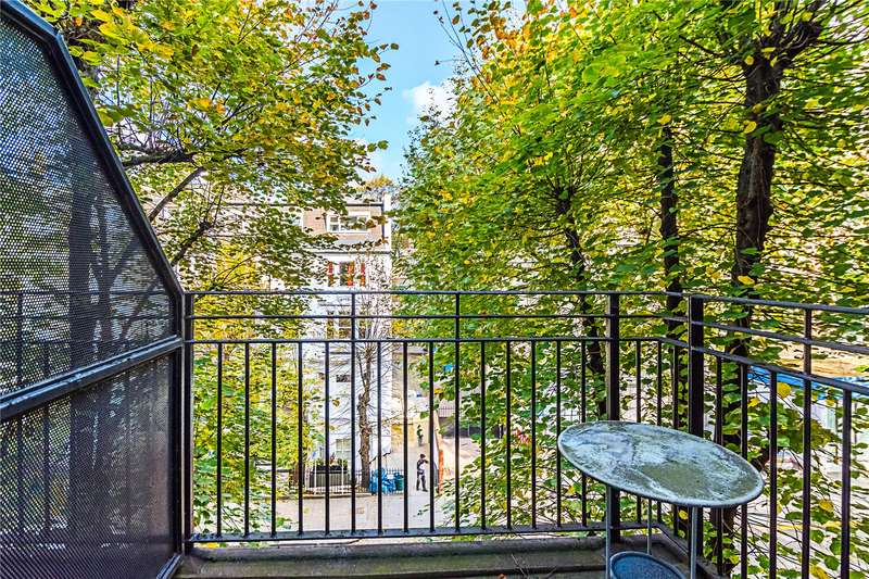 2 Bedrooms Flat for sale in Tollard House, Kensington High Street, London, W14