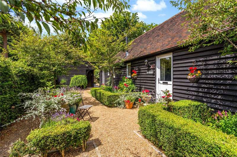 4 Bedrooms House for sale in Steel Cross Farm, Green Lane, Crowborough, East Sussex, TN6