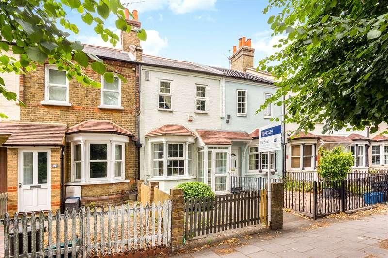 2 Bedrooms Terraced House for sale in Glebe Cottages, Twickenham Road, Hanworth, TW13