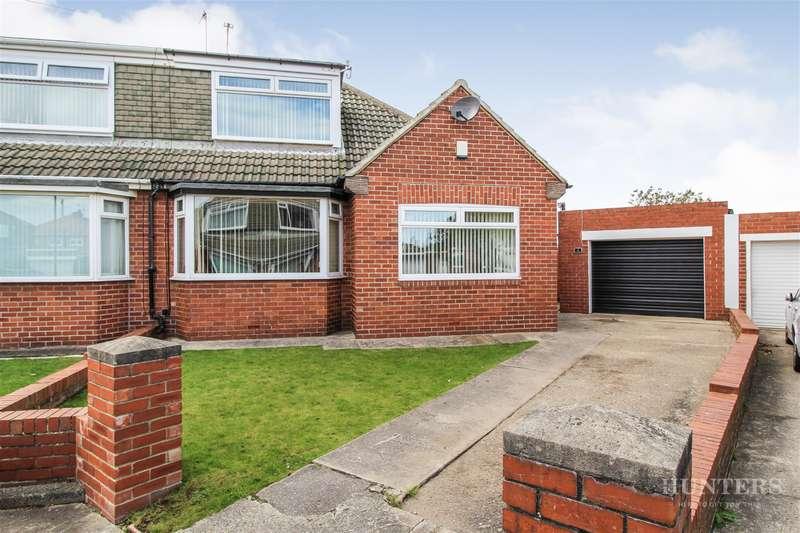 3 Bedrooms Bungalow for sale in Bilsdale, South Bents, Sunderland, SR6 8AL