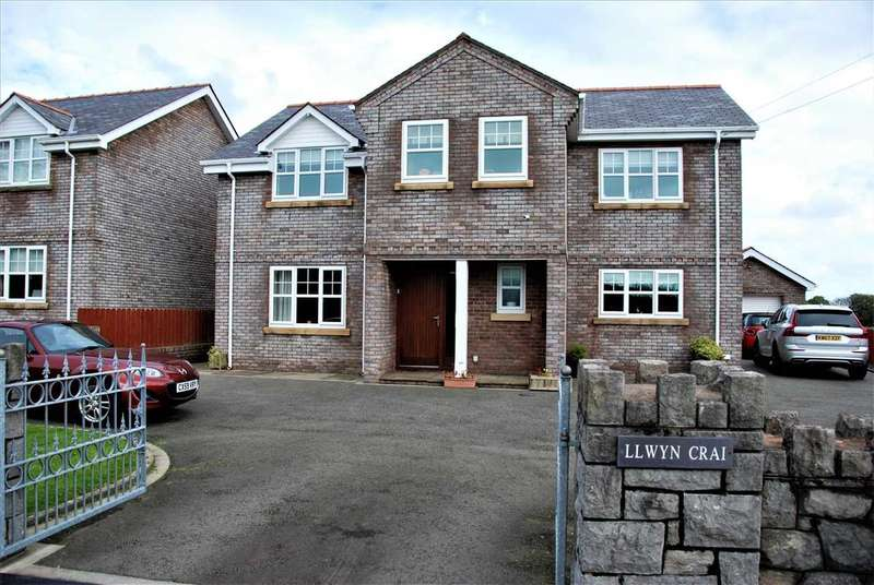 5 Bedrooms Detached House for sale in Llwyn Crai, Llangristiolus