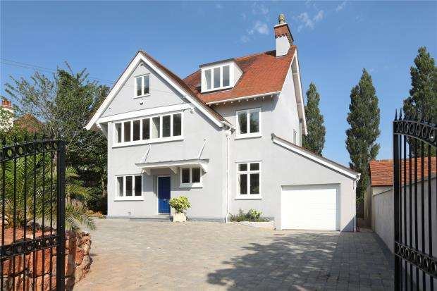 5 Bedrooms Detached House for sale in Petitor Road, St Marychurch, Torquay, Devon