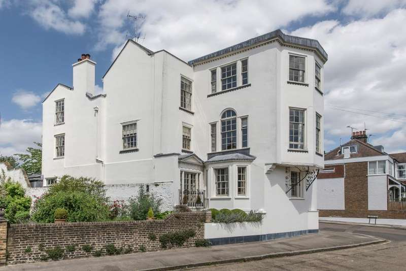 7 Bedrooms Detached House for sale in Riverside, Twickenham
