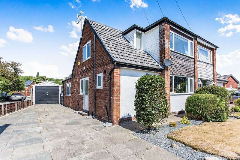 3 Bedrooms Semi Detached House for sale in Duke Street, Astley, Tyldesley, Manchester, M29