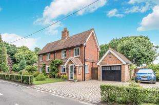 4 Bedrooms Detached House for sale in The Ridgeway, Shorne, Gravesend, Kent