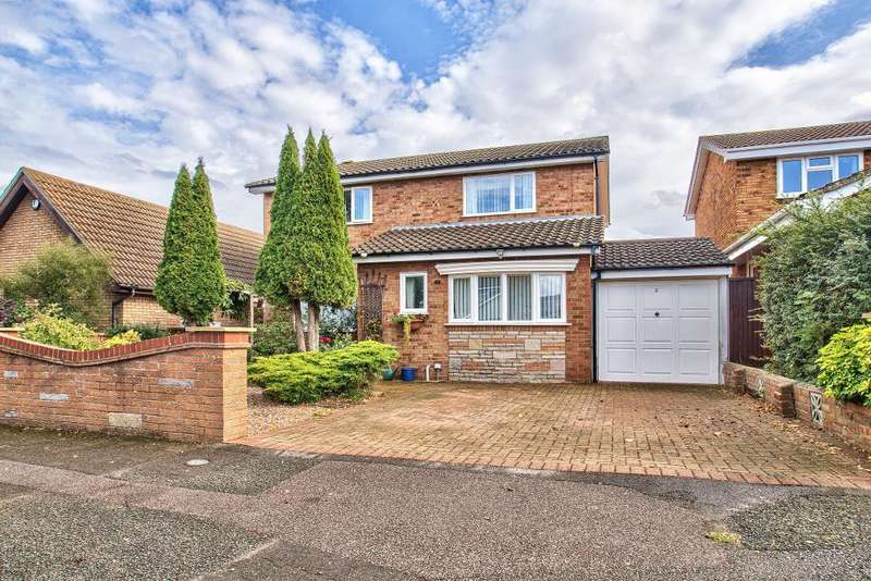 4 Bedrooms Detached House for sale in Dover Crescent, Bedford, MK41 8QG