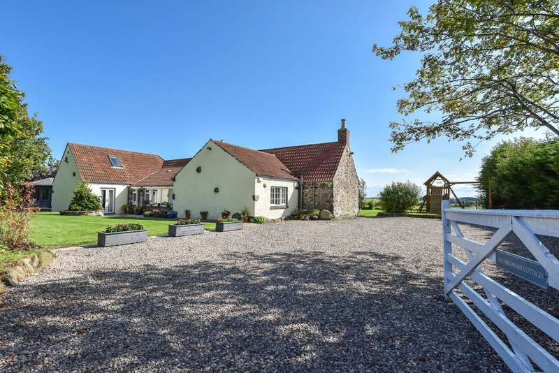 5 Bedrooms Detached House for sale in Old Largoward Cottages, Old Largoward, By Leven, Fife, KY9