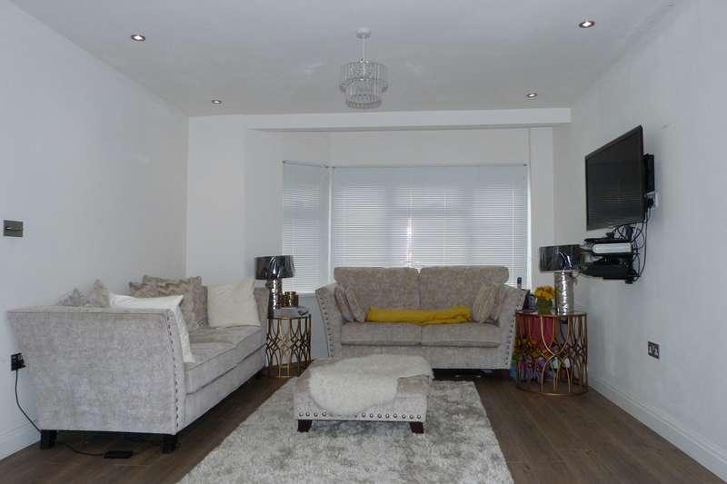3 Bedrooms Semi Detached House for rent in Hooking Green, Harrow, HA2