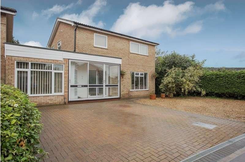 4 Bedrooms Detached House for sale in Loder Avenue, Bretton, Peterborough, Cambridgeshire. PE3 9AB