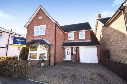 4 Bedrooms Detached House for sale in Canewdon, Rochford, Essex