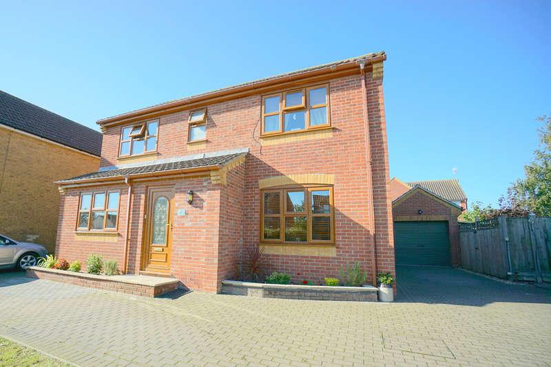 4 Bedrooms Detached House for sale in The Laurels, Worlingham, Beccles