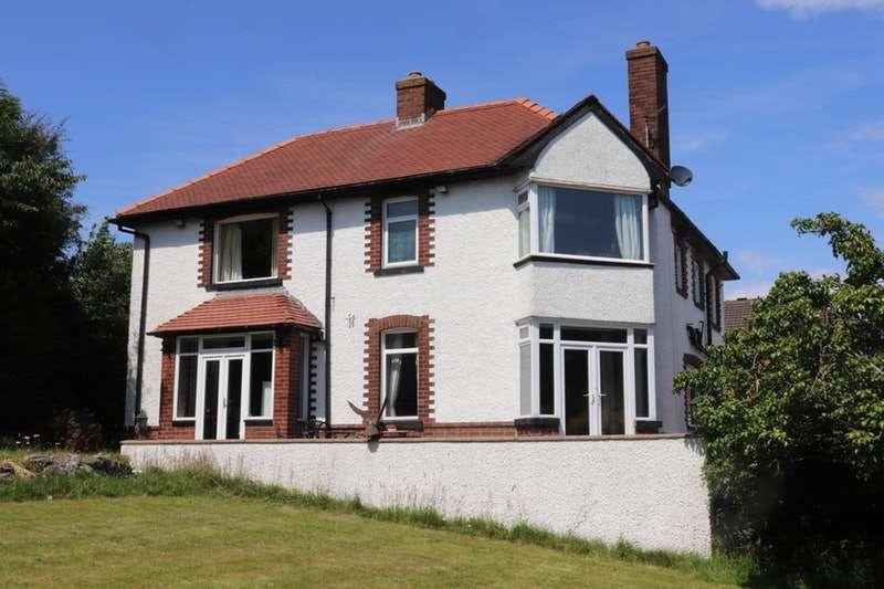 4 Bedrooms Detached House for sale in White Lund Road, Morecambe, Lancashire, LA3
