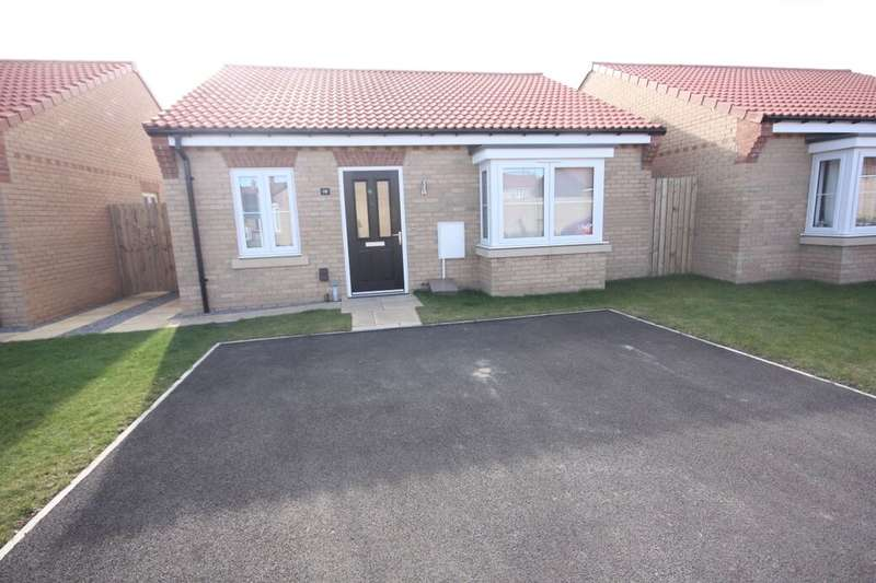 2 Bedrooms Detached Bungalow for rent in Waxwing Close, Guisborough, TS14