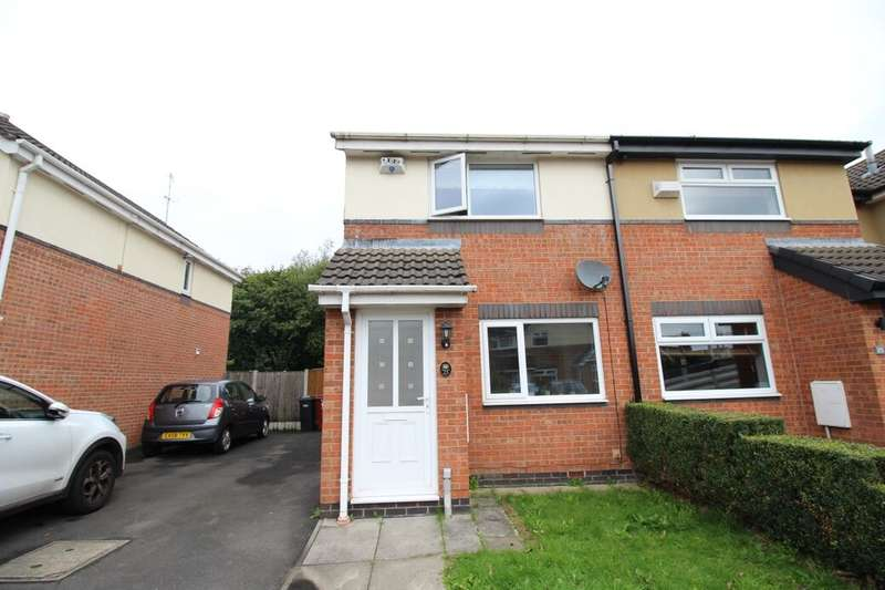 2 Bedrooms Semi Detached House for rent in Sandgate Avenue, Radcliffe, Manchester, M26