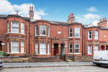 4 Bedrooms House for sale in Cambridge Street, Wolverton, Milton Keynes, Buckinghamshire