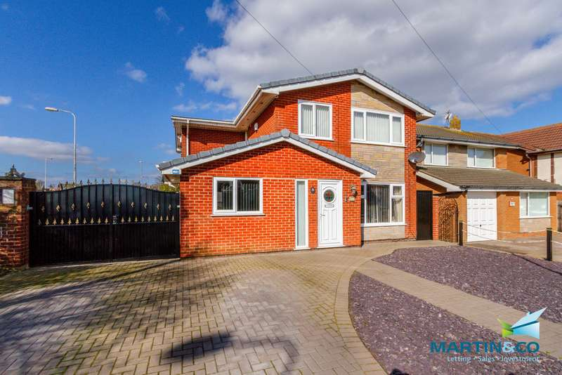 5 Bedrooms Detached House for sale in Formby Avenue, Rossal FY7