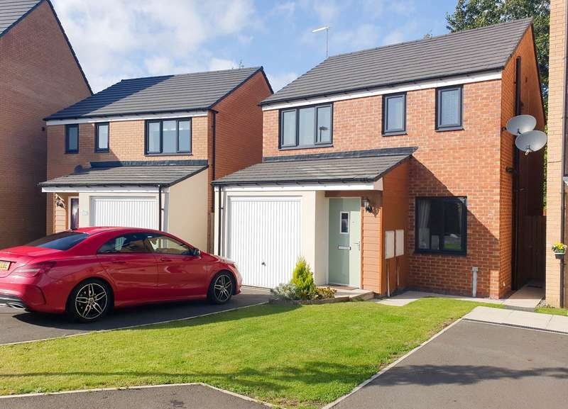 3 Bedrooms Detached House for sale in St Annes Close, Hebburn