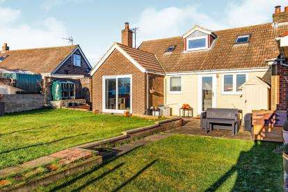 3 Bedrooms Bungalow for sale in The Lane, Mickleby, Saltburn By The Sea, Cleveland
