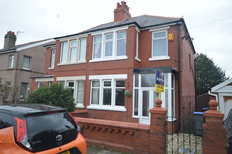 3 Bedrooms Semi Detached House for sale in Fenber Avenue, South Shore