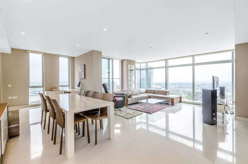 3 Bedrooms Flat for rent in Pan Peninsula Square, Canary Wharf, E14