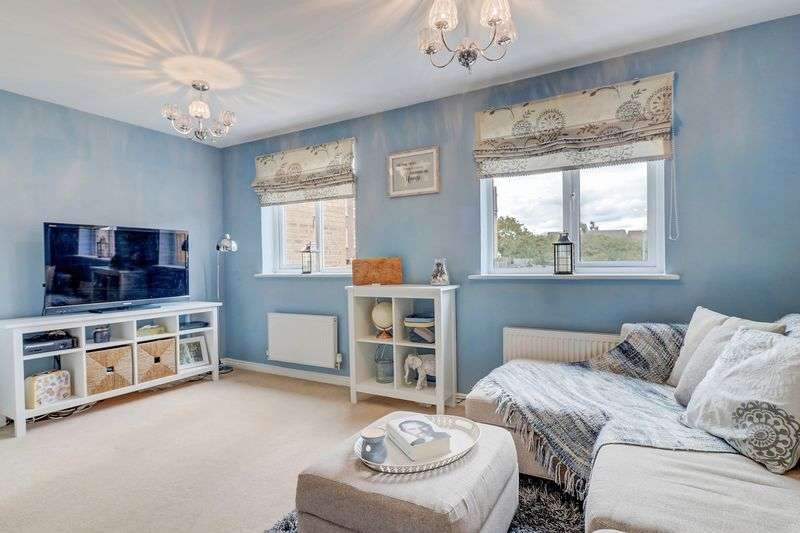 4 Bedrooms Property for sale in Cormorant Way, Leighton Buzzard, LU7