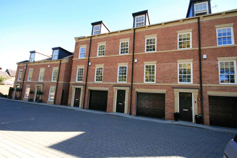 4 Bedrooms Property for sale in Crown Green Court, Waterlode, Nantwich
