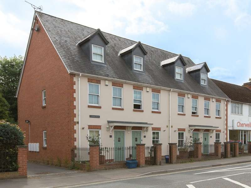 3 Bedrooms Property for rent in Banbury Road, Kidlington OX5