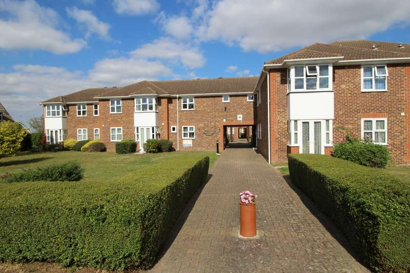 2 Bedrooms Apartment Flat for sale in Mullender Court, Chalk Road, Gravesend, Kent, DA12