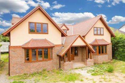 5 Bedrooms Detached House for sale in North Weald, Epping, Essex