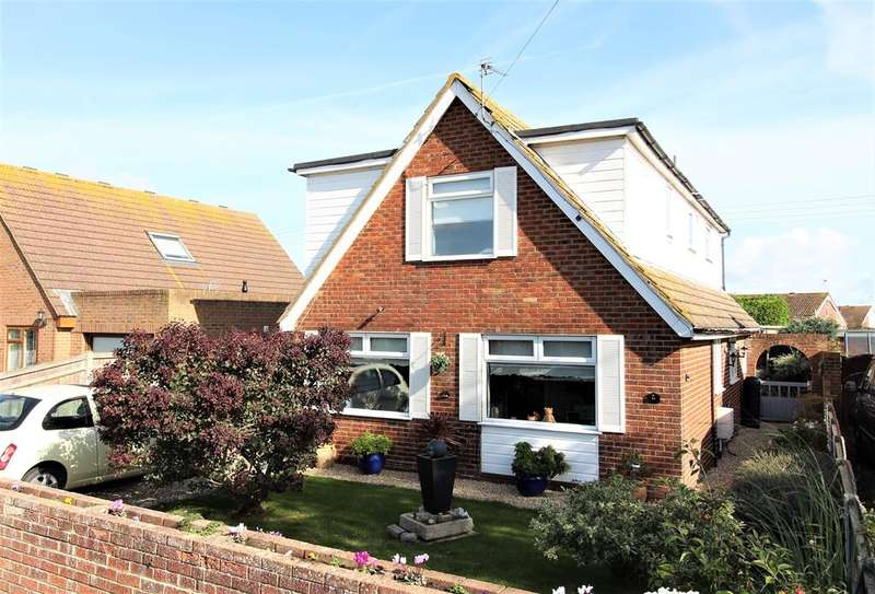 5 Bedrooms Detached Bungalow for sale in Taylors Close, St Marys Bay, Kent, TN29 0HT