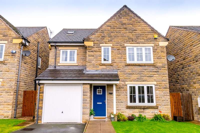 5 Bedrooms Detached House for sale in Imperial Close, Bailiff Bridge, HD6 4DF