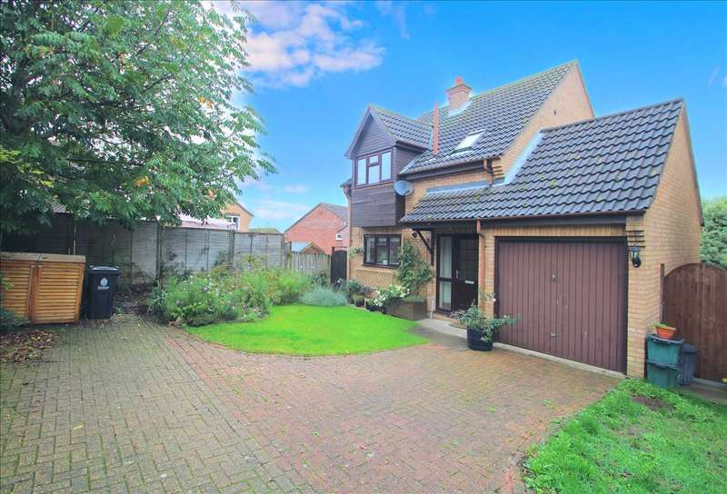 3 Bedrooms Detached House for sale in Harvey Close, Lawford, Manningtree