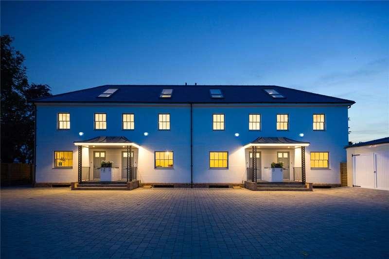 4 Bedrooms House for sale in Datchet Road, Old Windsor, Windsor, Berkshire, SL4