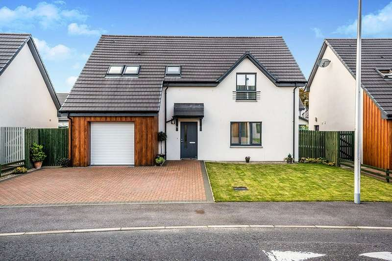 3 Bedrooms Detached House for sale in Whiterow Drive, Forres, Morayshire, IV36