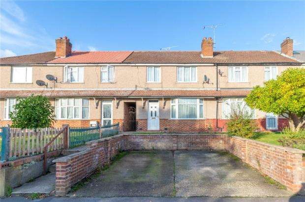 3 Bedrooms Terraced House for sale in Northern Road, Slough