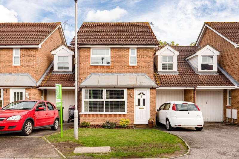 3 Bedrooms Terraced House for sale in Webb Close, Binfield, Bracknell, Berkshire, RG42