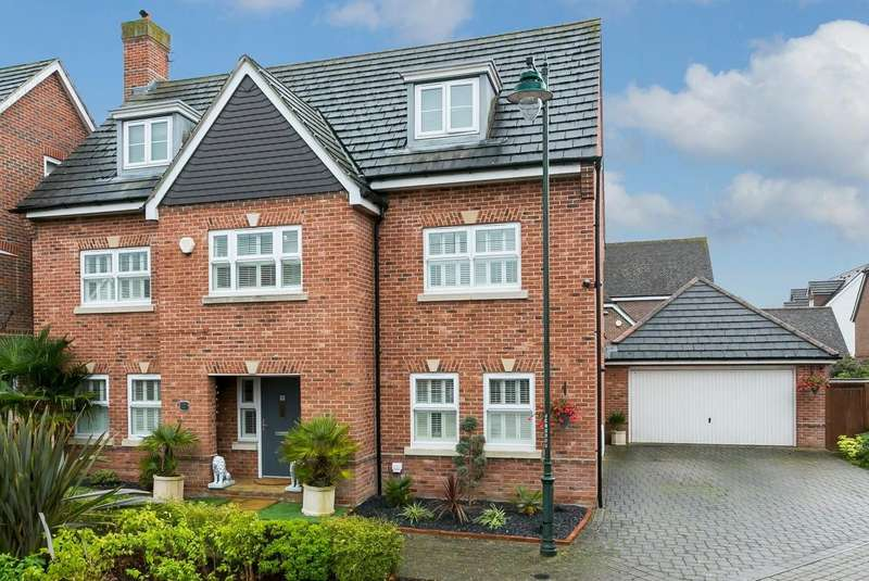 6 Bedrooms Detached House for sale in Charlotte Drive, Kings Hill, West Malling